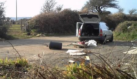 vehicle-fly-tipping-resized.jpg