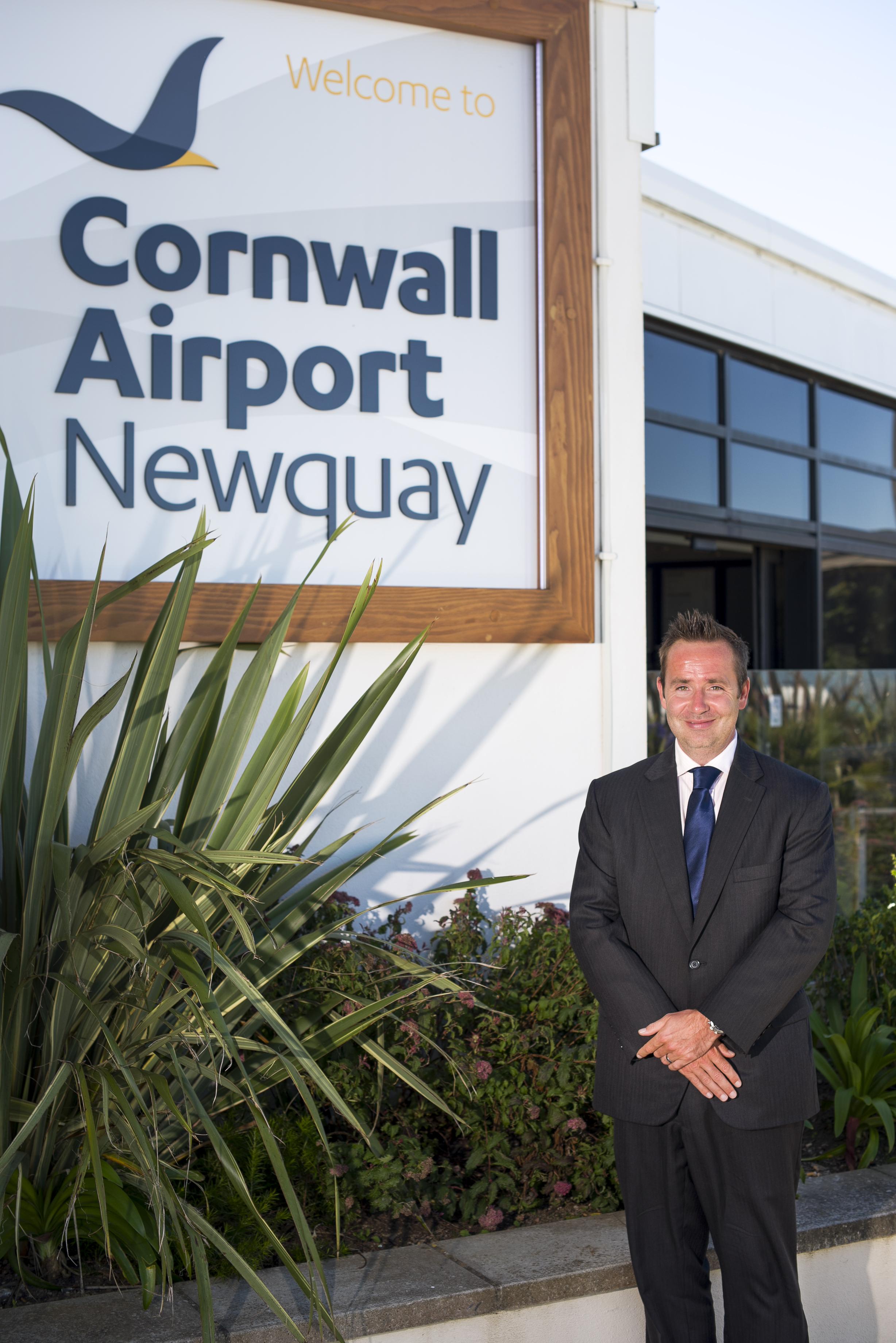 Cornwall-Airport-Newquay-Al-Titterington-MD